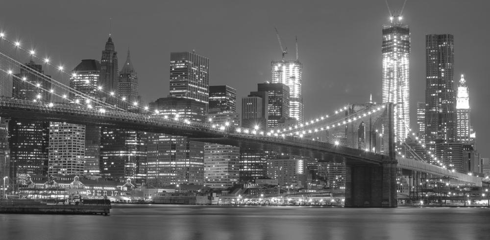 Brooklyn Bridge lit up at night
